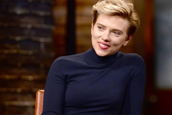 Scarlett Johansson críticas por papel transexual