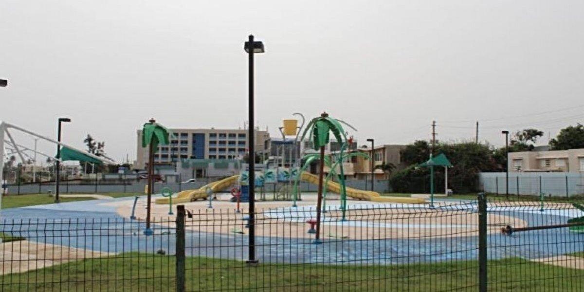 Arecibo Water Park reabrirá sus puertas tras María