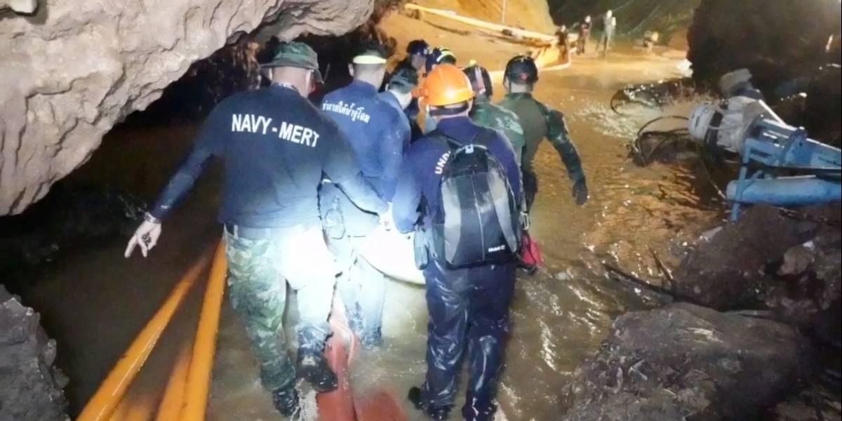 VÍDEO: Marinha tailandesa mostra resgate das criança na caverna