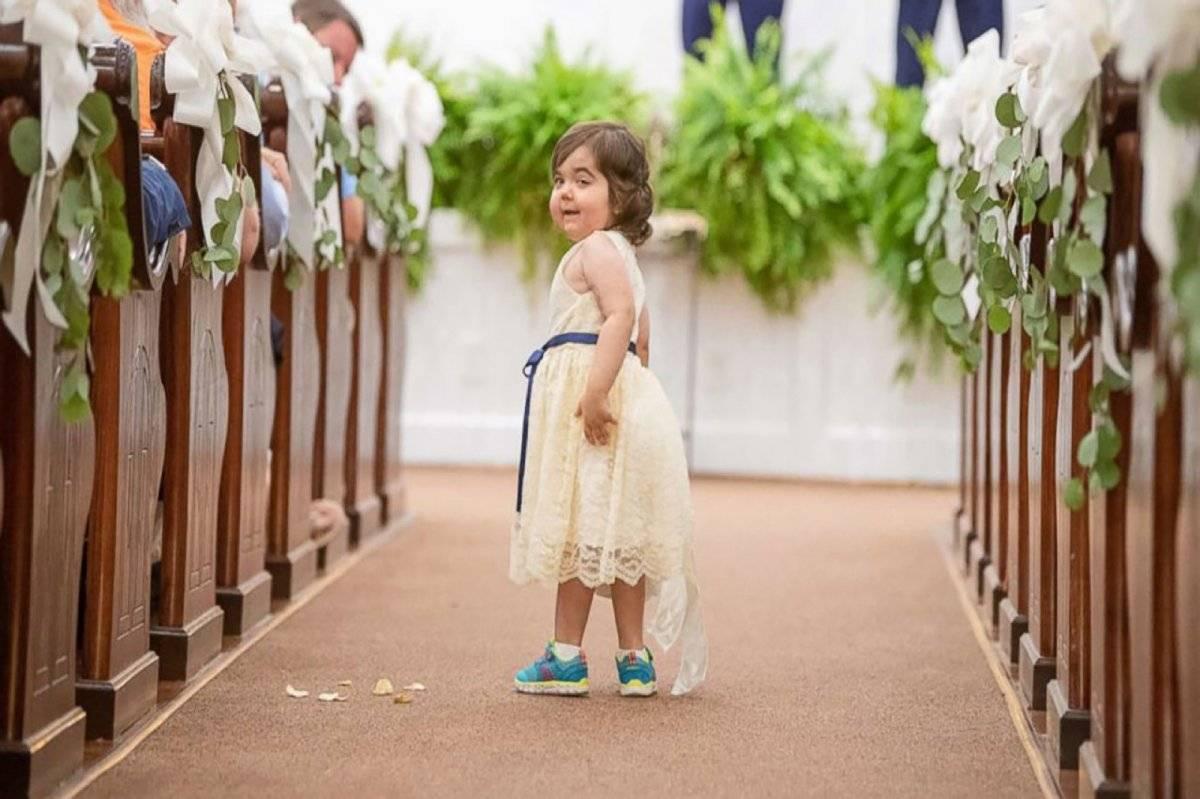 Niña médula boda