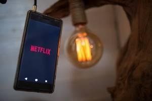 ¿Sin planes para el fin de semana? Te recomendamos 5 series y películas de Netflix para no aburrirte