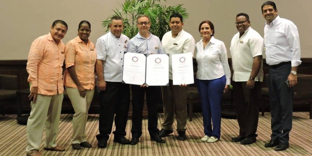 #TeVimosEn: Cadena hotelera AMResort recibe premio internacional 'Cristal Standards'