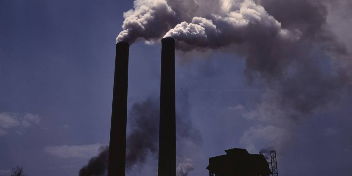 Científicos chilenos proponen método revolucionario para crear combustible en base a CO2