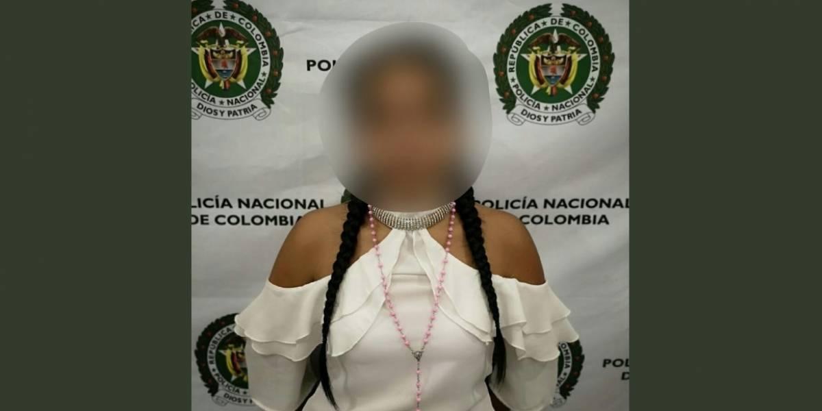 Policía captura a modelo transportando cápsulas de cocaína en el estomago