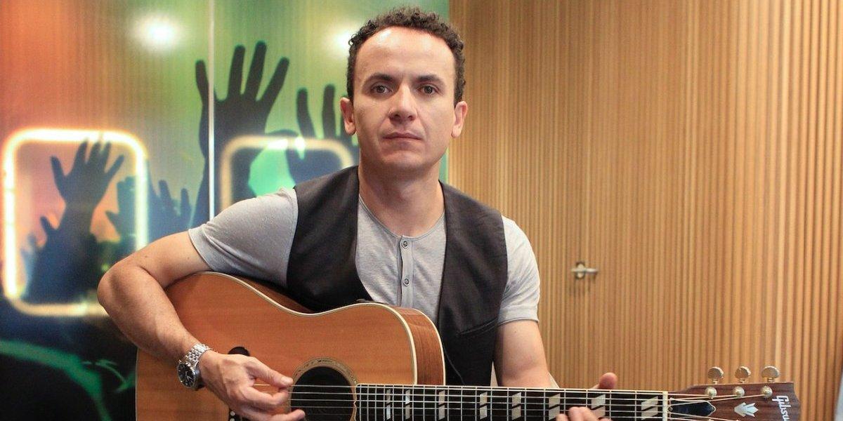 Fonseca estrena remix de 'Simples corazones' junto a Melendi