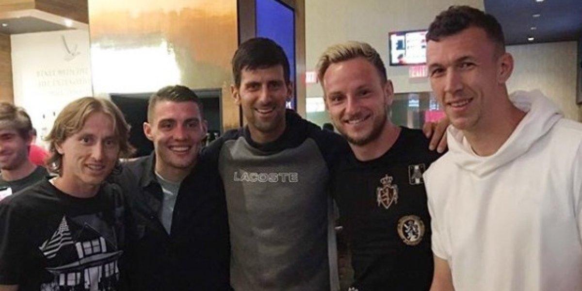 """""""Es un idiota"""": Djokovic se ganó un duro insulto de un diputado nacionalista serbio por apoyar a Croacia en el Mundial"""