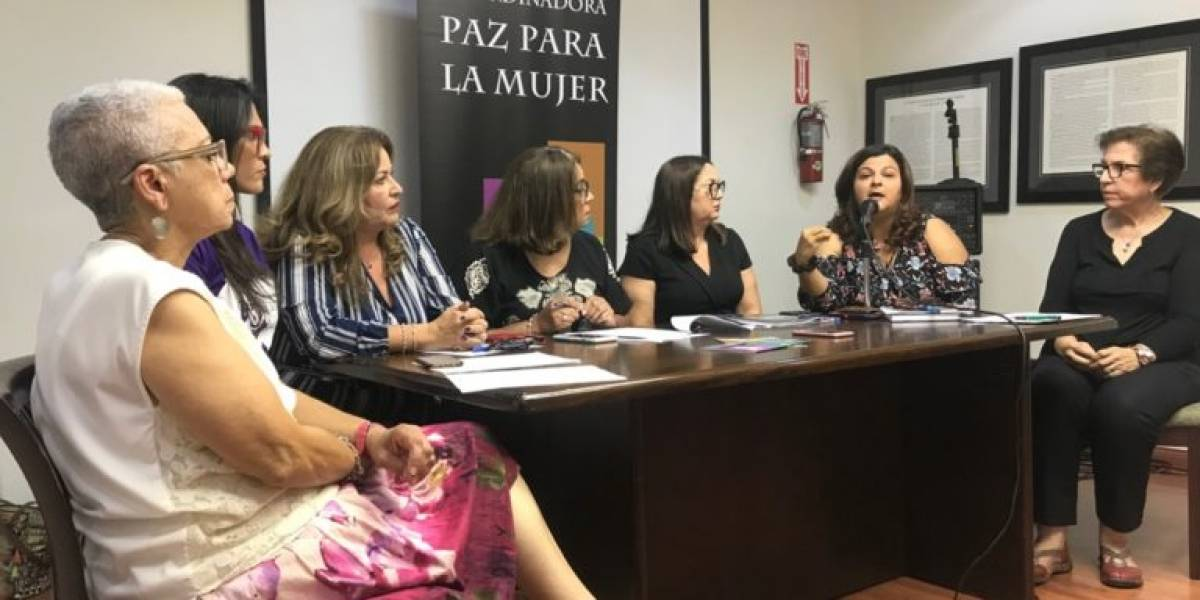 """Organizaciones declaran """"crisis nacional por las mujeres"""""""