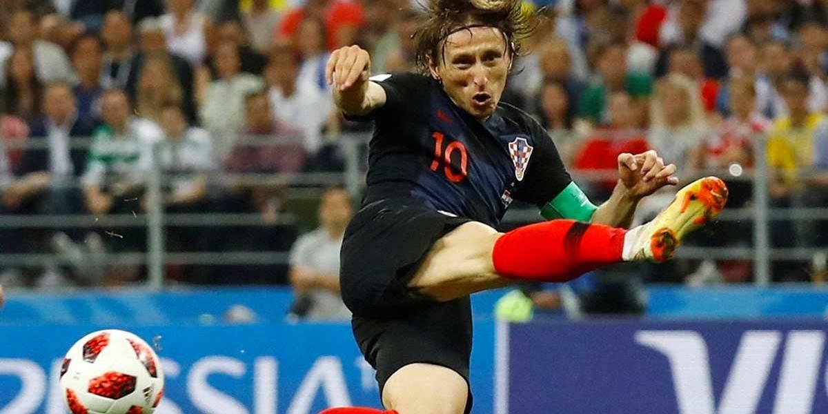 Luka Modrić ganha troféu de Craque da Copa