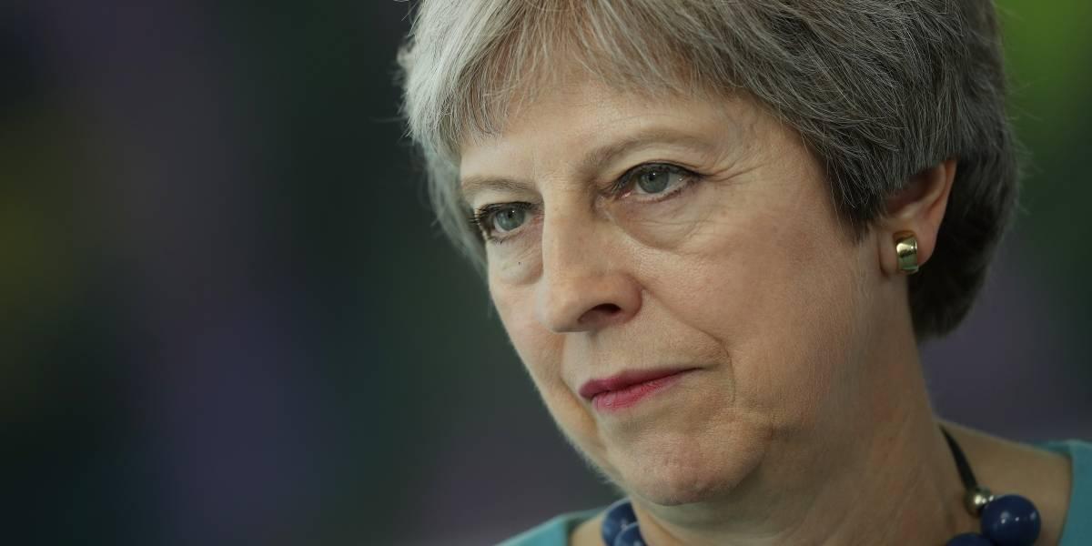 Theresa May renueva su gobierno ante Brexit