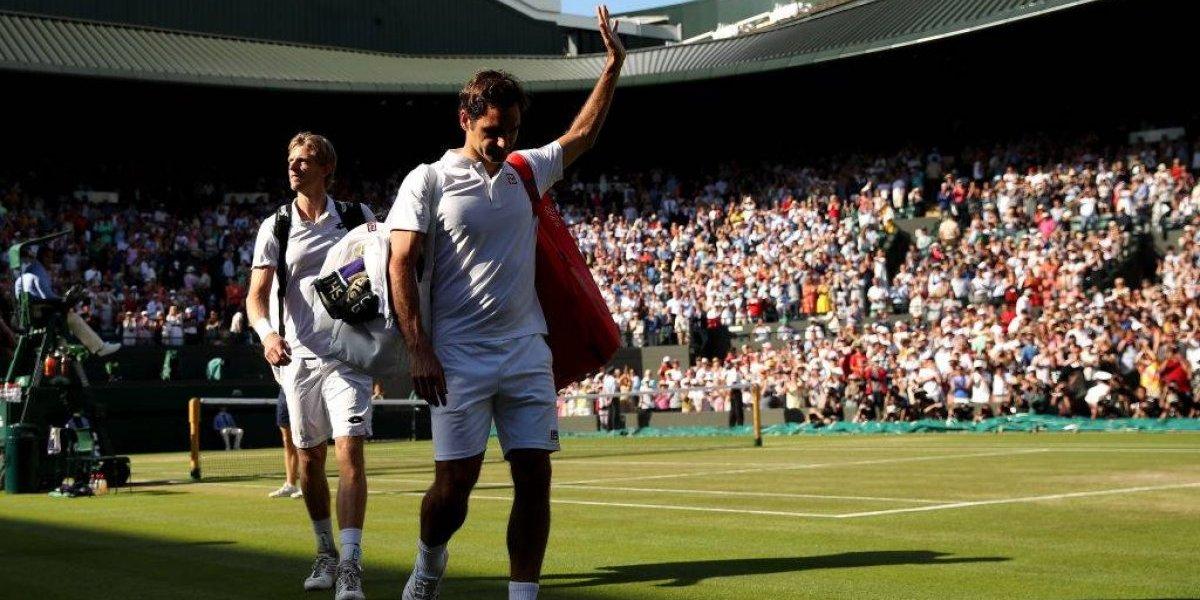 """Federer ni piensa en el retiro tras caer en Wimbledon: """"El objetivo es volver aquí el año que viene"""""""