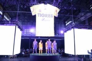 Uniforme Tigres