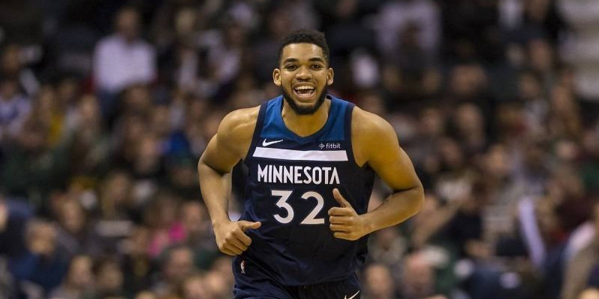 Karl Towns negocia su extensión por el máximo salarial en NBA