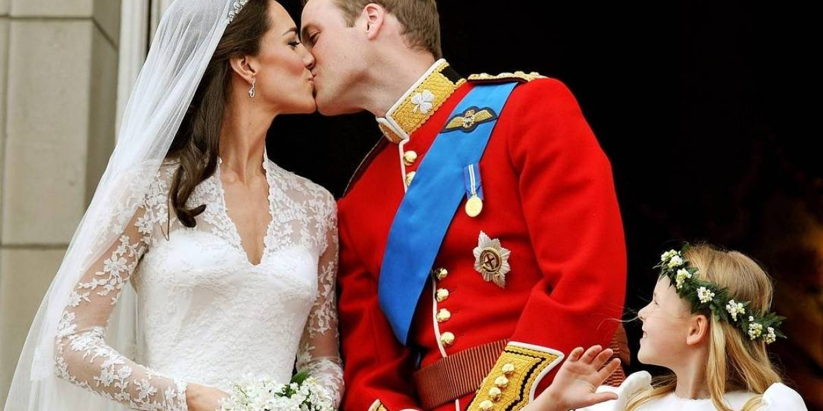 O protocolo real que príncipe William quebrou para a felicidade de Kate Middleton