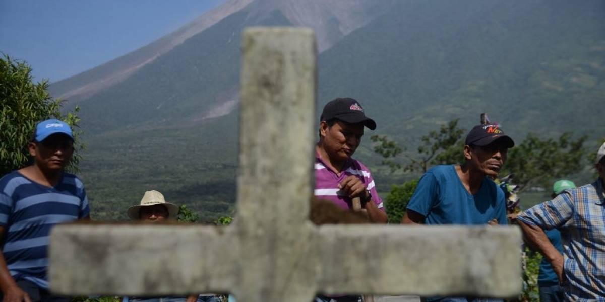 """""""Dios nos dio la fuerza para lograr encontrarlos"""", señala familiar de víctimas de la erupción"""
