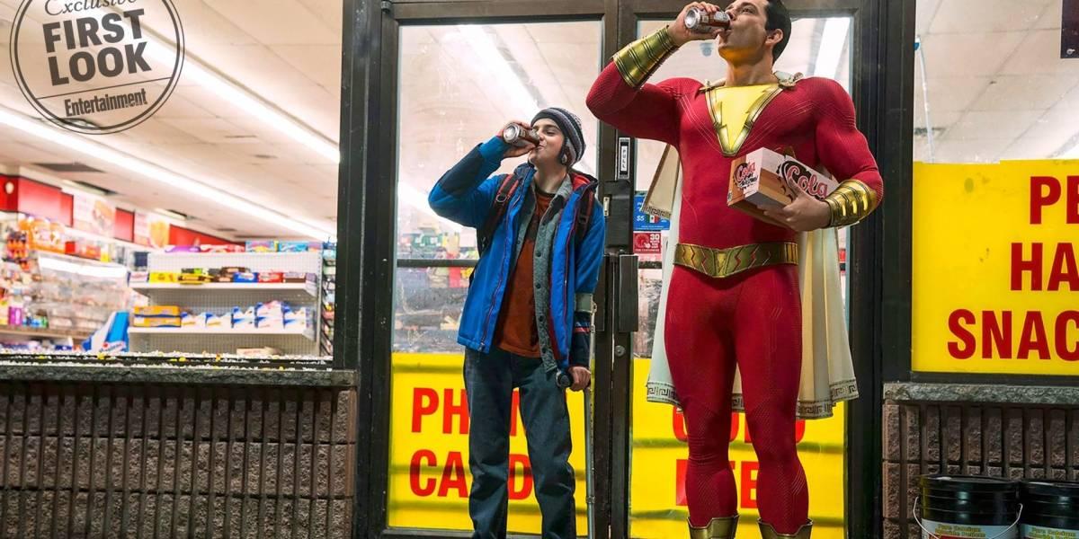 Lanzan la primer imagen oficial de Zachary Levi como Shazam!