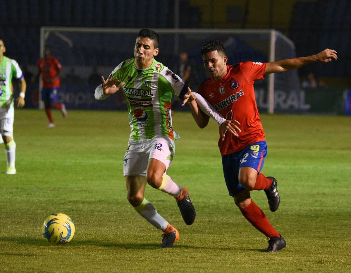 Yanes deja a La Antigua GFC para jugar en el extranjero