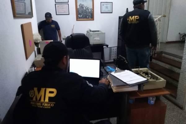 allanamientos por adopciones ilegales por internet