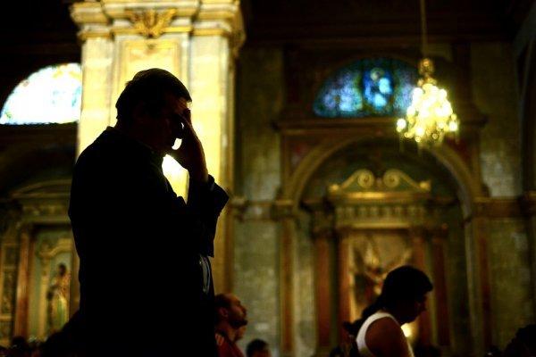 Los aberrantes abusos que el fiscal atribuye a sacerdote del Arzobispado de Santiago