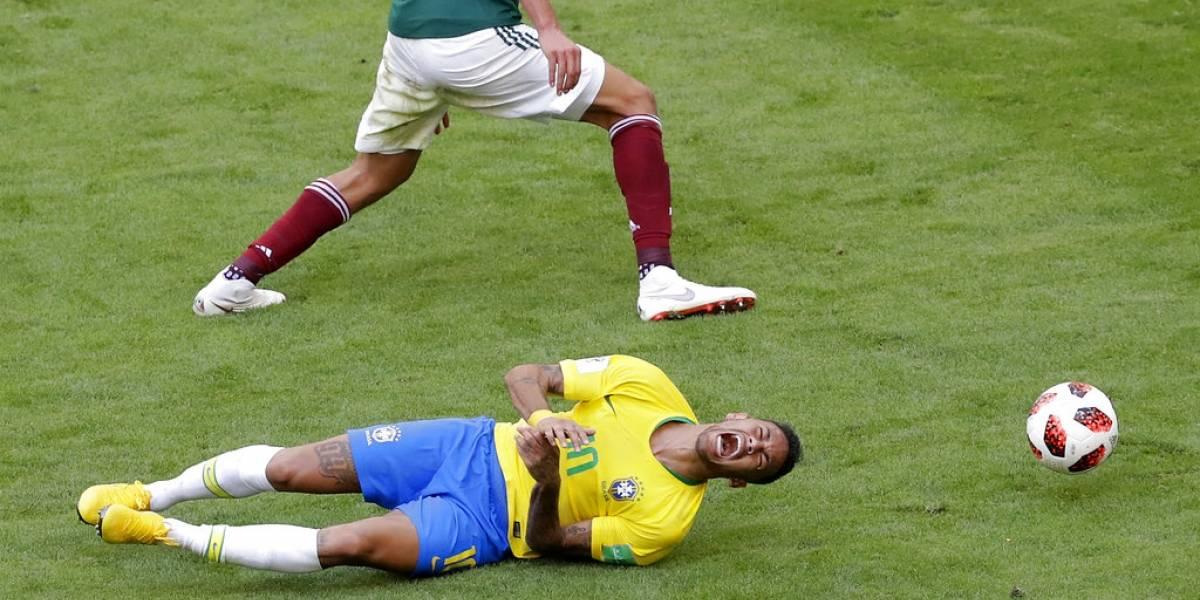 """Director táctico de la FIFA: """"Neymar debe dejar de simular faltas"""""""