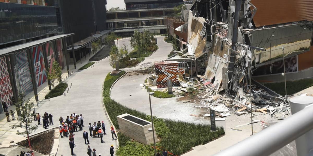 """VIDEO. """"Nuevo"""" centro comercial en Ciudad de México se derrumba ante miles de personas evacuadas"""