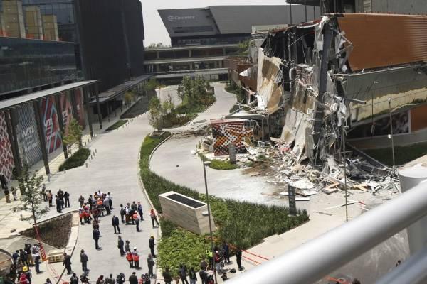 Centro Comercial en México se derrumba