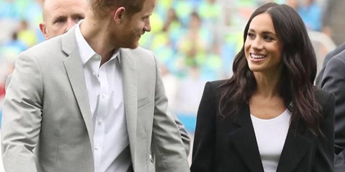 """¡Le salió competencia! Meghan cayó en los encantos de fan enamorado y desató los """"celos"""" del príncipe Harry"""