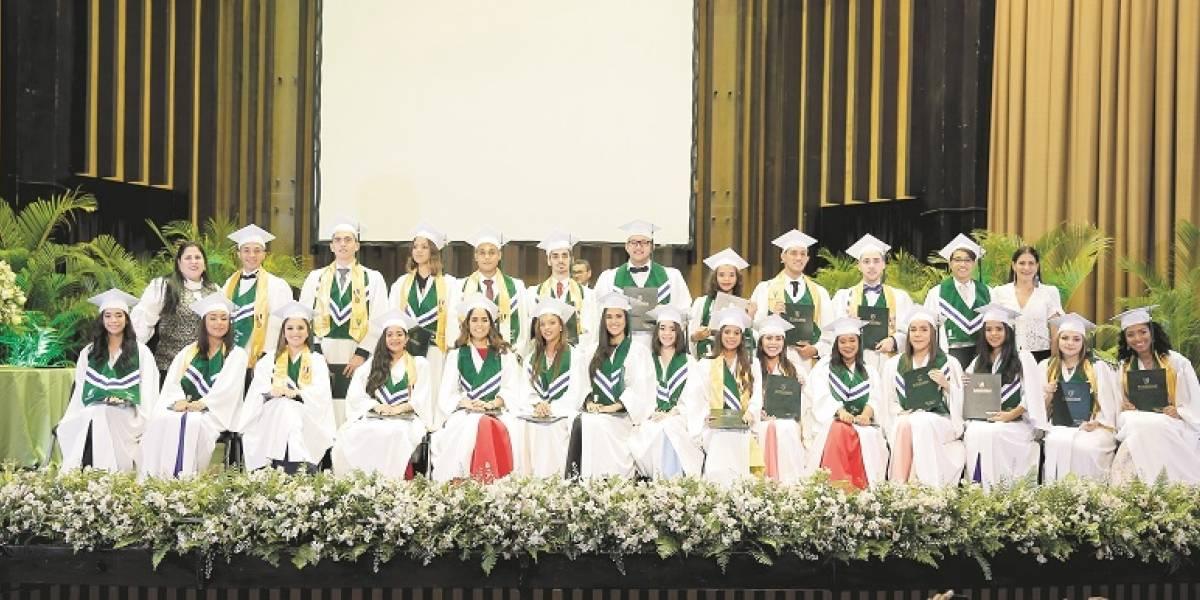 Jóvenes con nuevos desafíos educativos y culturales