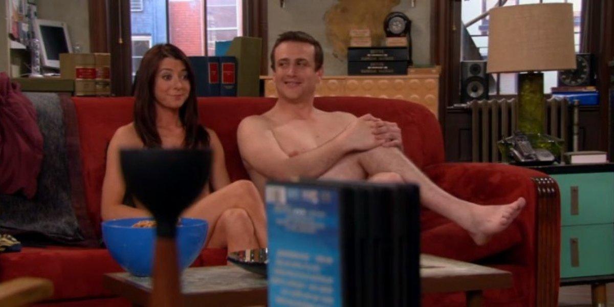 Casais que dormem nus podem ter vantagem sobre os que dormem de roupa