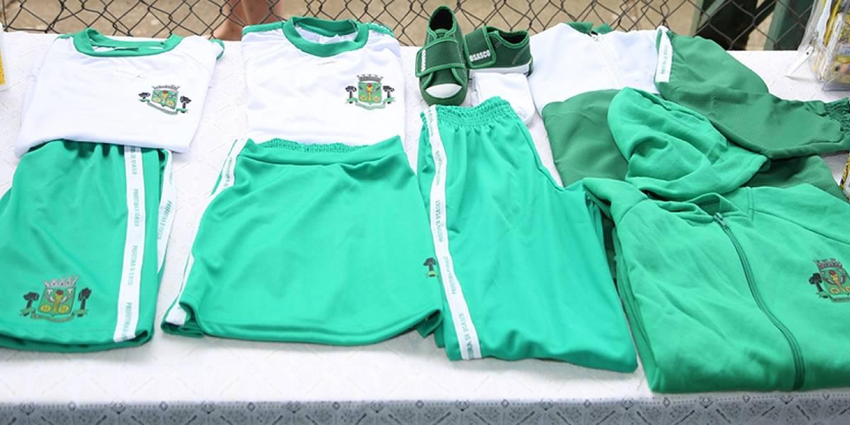 Escolas de Osasco ainda não entregaram uniforme de inverno aos alunos
