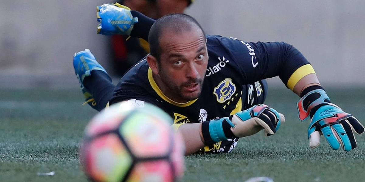 """Eduardo Lobos se defiende: """"En el Mundial hasta los mejores arqueros han cometido errores"""""""