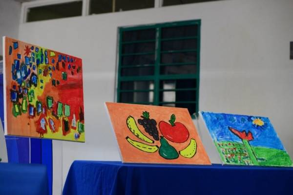 Subastarán pinturas que elaboraron niños del Hospital Roosevelt
