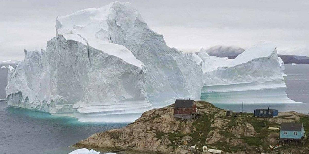 Posible tsunami tras ruptura de enorme iceberg