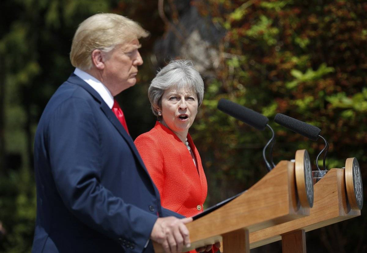 Donald Trump humilló a Theresa May