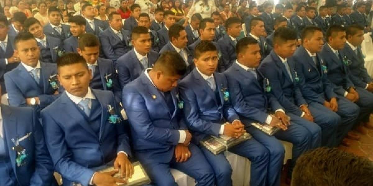 Este viernes se habrían graduado los 43 normalistas de Ayotzinapa