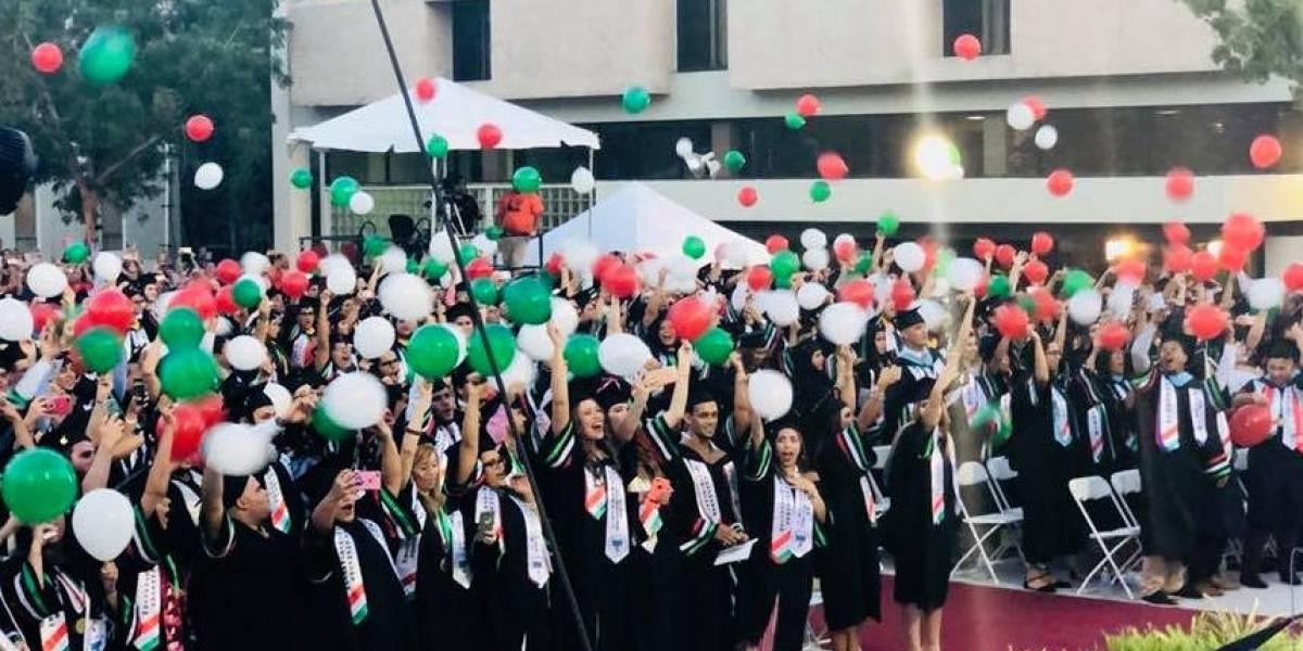 UPR Cayey gradúa a la clase más grande de su historia
