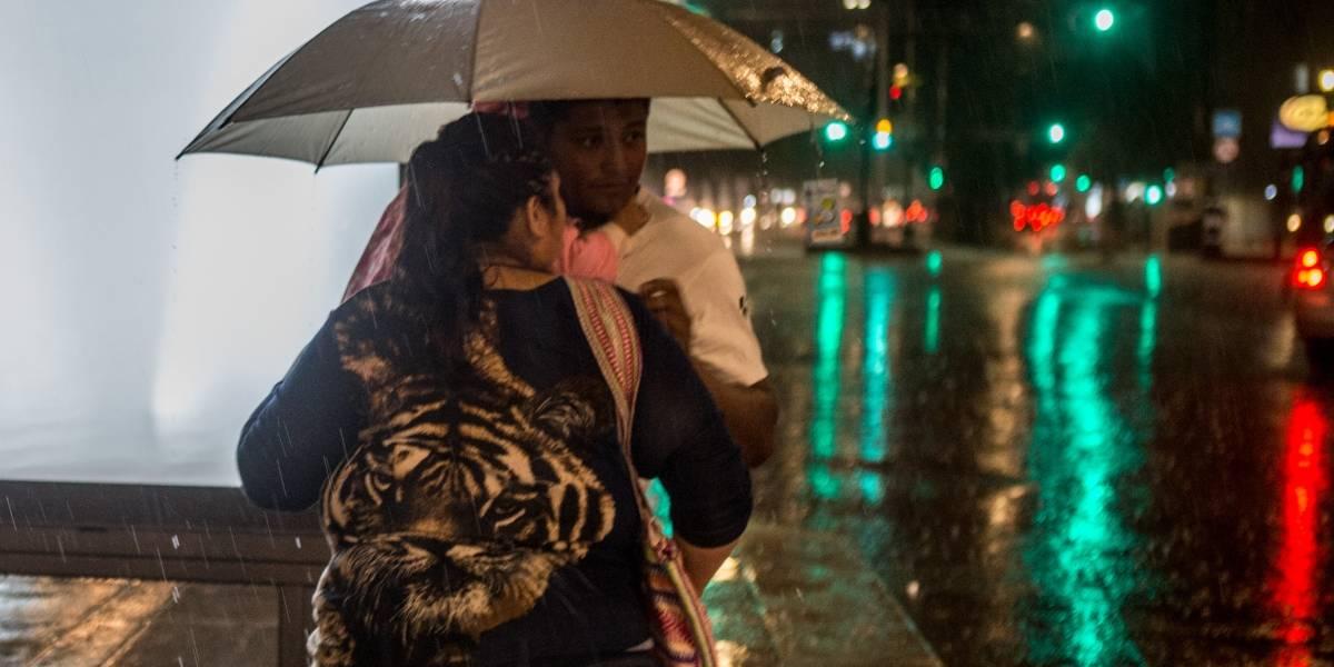 Ondas tropicales provocan intensas lluvias en 25 estados del país