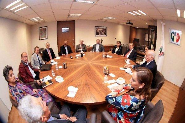 Reunión PRI