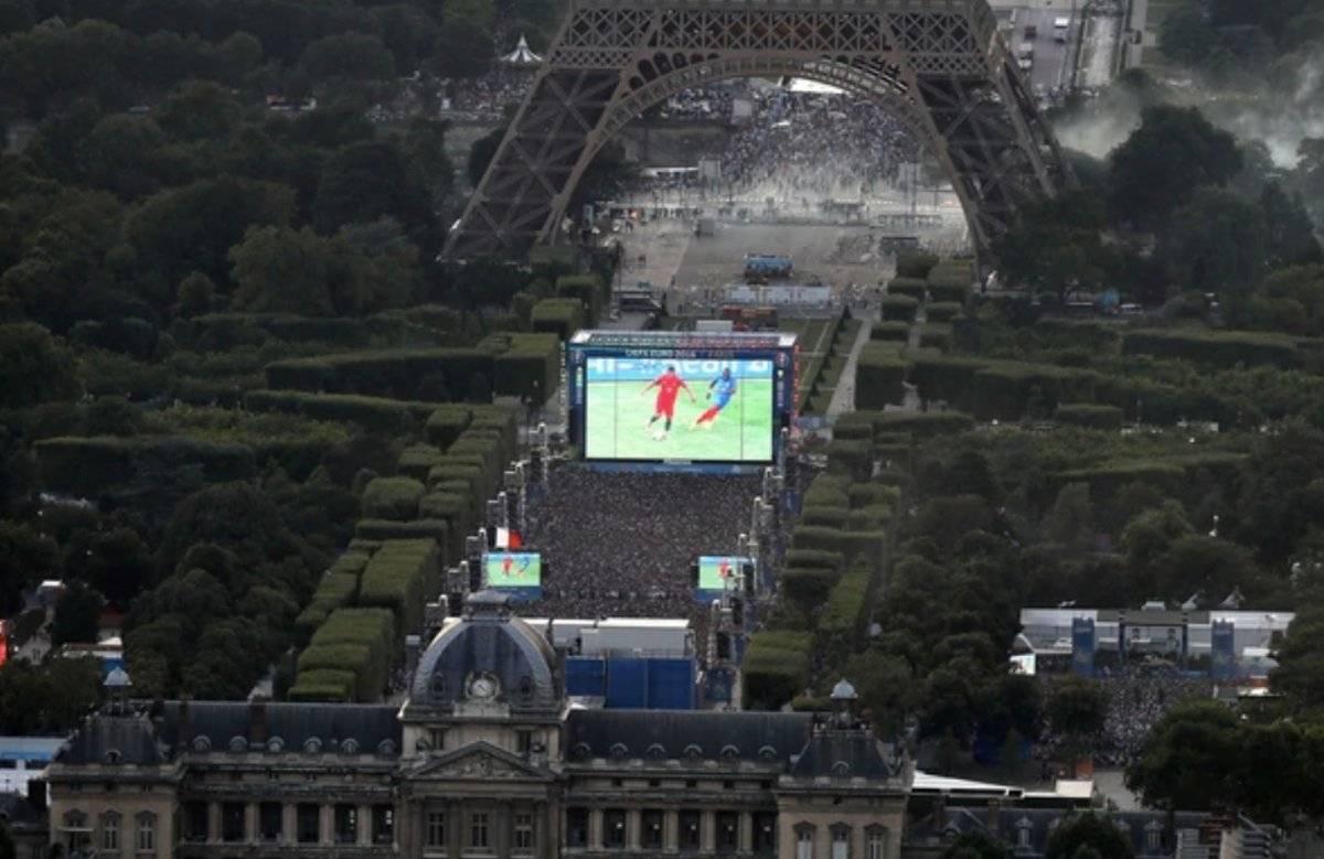 Transmisión desde la torre Eiffel