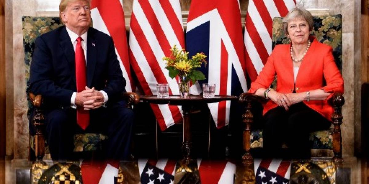Trump dinamita la visita al Reino Unido y pone a May en un compromiso