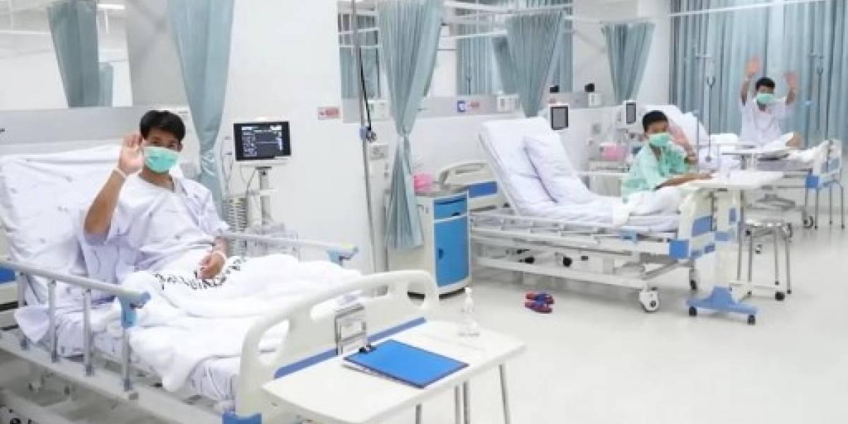Los niños rescatados de la cueva tailandesa saldrán del hospital el jueves