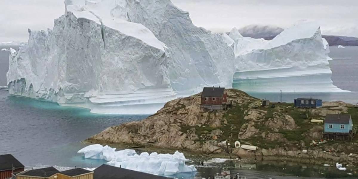 Pánico en Groenlandia por el desprendimiento de un trozo de  iceberg que amenaza a los habitantes de un pueblo