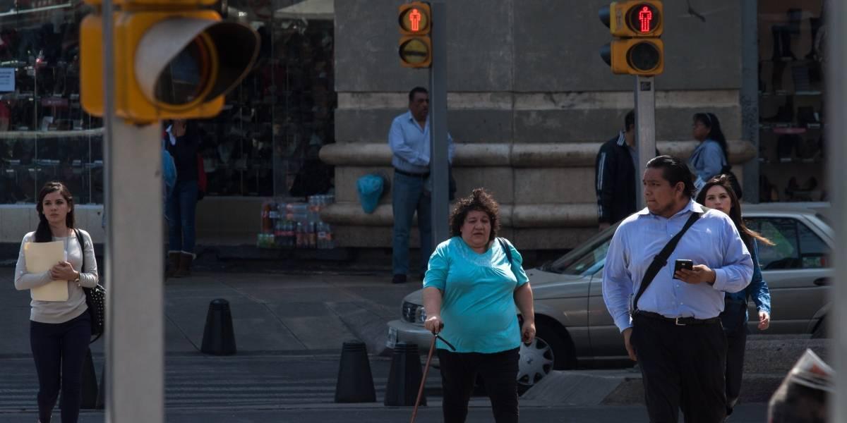 Registran fallas y averías 100 semáforos cada 24 horas