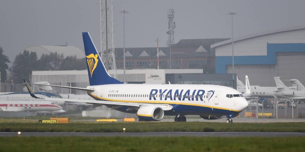 La emergencia en un vuelo de Ryanair que terminó con 30 hospitalizados