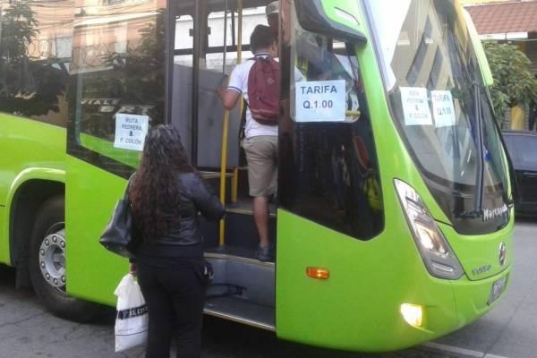 La Municipalidad capitalina habilitó el servicio de Transmetro en sustitución de los buses de la ruta 203.