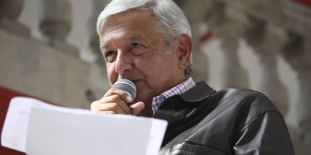AMLO advierte que multa del INE a Morena es 'vil venganza'