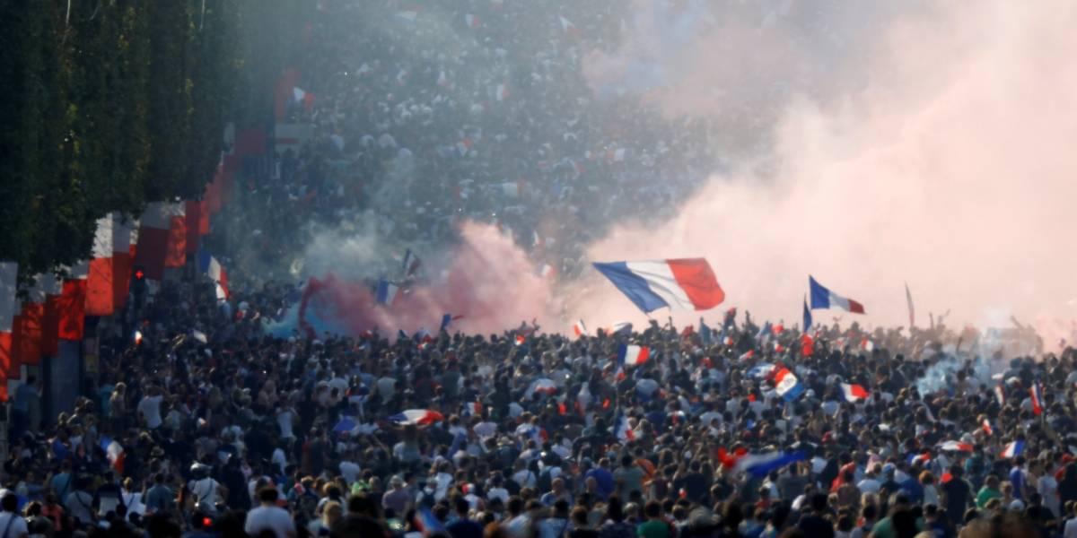 FOTOS: veja a comemoração dos franceses com o bicampeonato