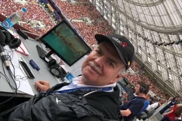 Emotiva despedida de Iván Mejía de las transmisiones de fútbol