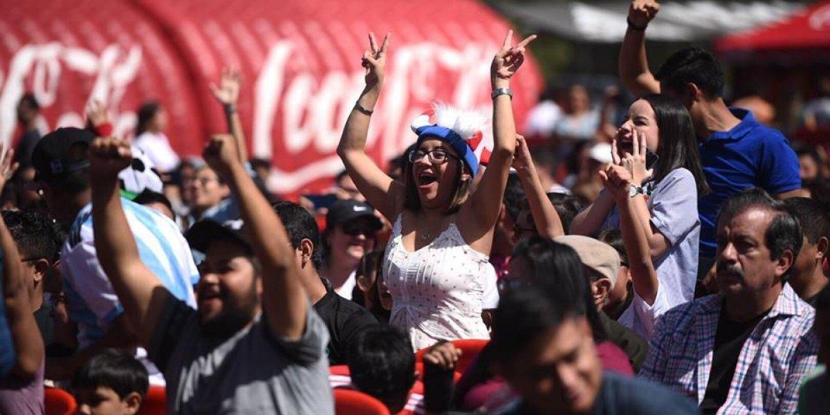Aficionados guatemaltecos viven la final del Mundial 2018 con Coca-Cola