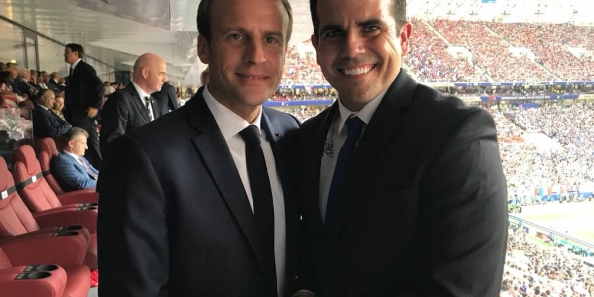 Ricardo Rosselló invita al presidente de la FIFA a la isla