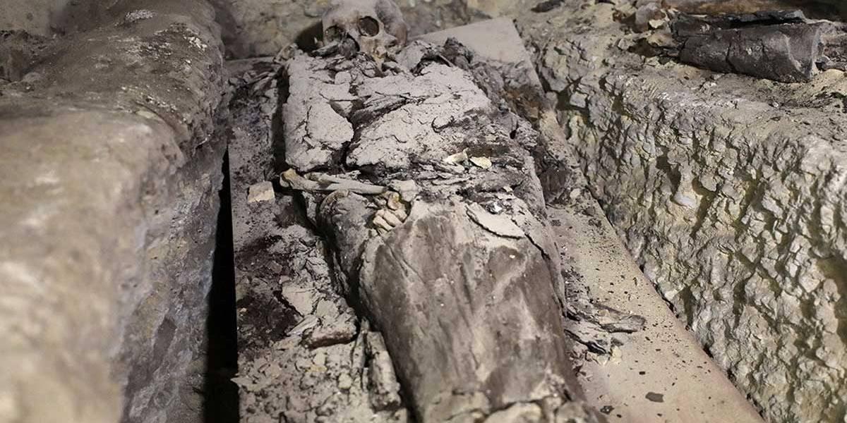 Egito descobre sítio arqueológico perto das Grandes Pirâmides